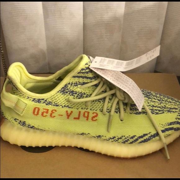 Le adidas yeezy v2 semi - congelata poshmark giallo